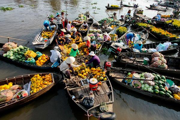Cuộc sống buôn bán trên Sông Cần Thơ