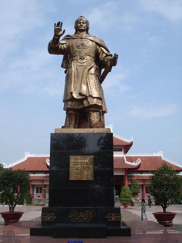 Vua Nguyễn Huệ