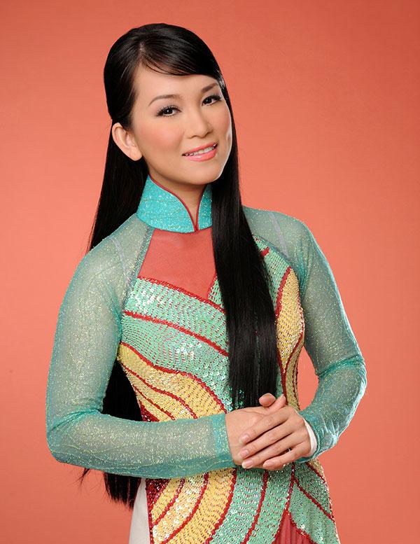 Ca sĩ Hương Thủy