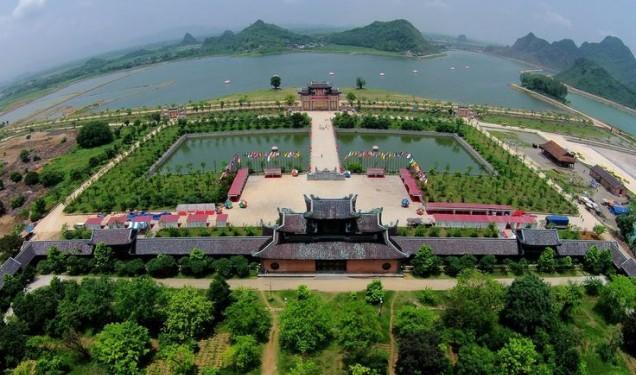 hanh-huong-ve-chua-bai-dinh-chon-thanh-yen-dat-ninh-binh-16-11-2015-1447685210