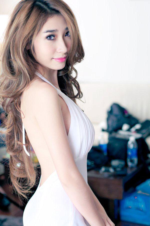Ca sĩ Khổng Tú Quỳnh