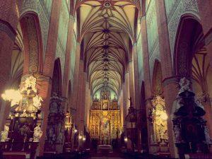 Kiến trúc Gothic - mái hình vòm tại tu viện Pelplin